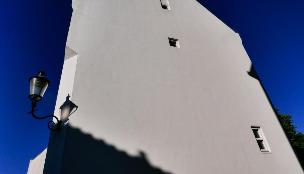 Mauerhaus mit Laterne (Ausschnitt), 2